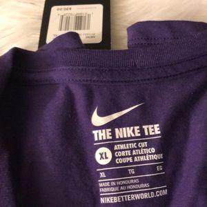 Shirts - Nike